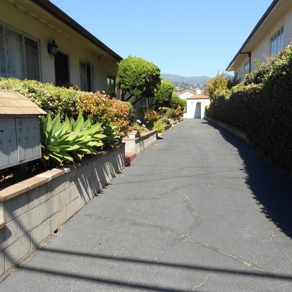 Driveway between buildings of 1022 Garden St.